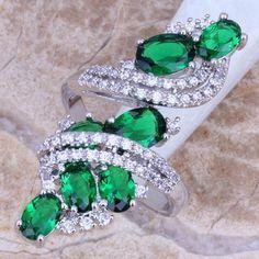 Gorgeous Green Emerald White Topaz 925 Sterling Silver Overlay Gemstone Ring