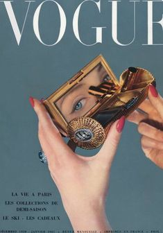 Vogue Vintage, Vintage Vogue Covers, Vintage Chanel, Vintage Makeup, Fashion Vintage, 1950s Makeup, Vintage Black, Vogue Paris, Aesthetic Vintage