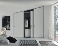 Zemma realizza porte e sistemi di chiusura dal design originali perfetti per ogni ambienti: armadio, angolo spogliatoio, cabina armadio, bagno, cucina..