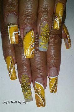 Living Life Like it's Golden by joyofnails - Nail Art Gallery by Nails Magazine Long Nail Designs, Diy Nail Designs, Nail Polish Designs, Beautiful Nail Designs, Beautiful Nail Art, Golden Nail Art, Golden Nails, Bling Acrylic Nails, Acrylic Nail Art