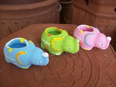 souvenir pernikahan gerabah asbak rokok berbentuk hewan badak khas jogjakarta #souvenir #asbak #jogjakarta