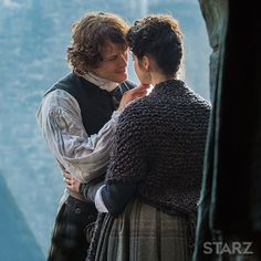 Episode information including previews and summaries for Outlander, a STARZ Original Series.