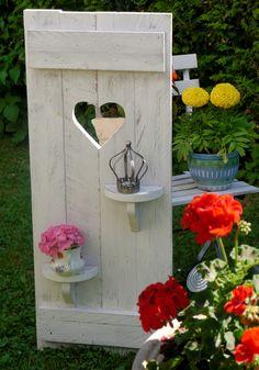 S_**habby-HomeH&S Handarbeiten aus Holz Anno 2012**_ ♥♥♥ traumhaften Deko Fensterladen mit Herz.und 2 versetzten Regalen. ♥♥Shabby chic ♥♥ Unikat. Wunderschöne...