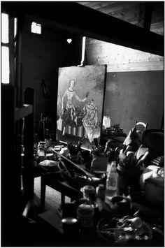 Balthus :Studio of the French painter Balthus, La Rossiniere, Vaud canton, Switzerland. Painters Studio, Frank Stella, Tate Gallery, Modern Artists, Portraits, Artistic Photography, Art Studios, Artist At Work, Art World
