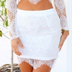 ••SUPER CUTE NWOT LACE WHITE FLIRTY SEXY SKIRT•• ••SUPER CUTE NWOT LACE WHITE FLIRTY SEXY SKIRT SIZE S NO BRAND. BEST FITS A 25 INCH WAIST AND HIGHER. GREAT PAIRED WITH THE TOP I JUST LISTED. •••PLEASE DONT BE SHY TO MAKE AN OFFER ON ANYTHING IN MY SHOP••• NOT FROM LISTED BRAND Free People Skirts Mini