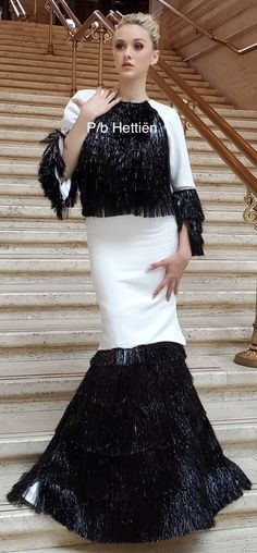 Stairs And Doors, White Fashion, Long Dresses, Sassy, Lace Skirt, Black And White, Elegant, Skirts, Classy