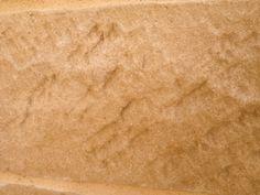 Detalle de la piedra artificial