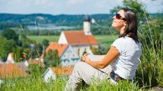 25 Secrets From the World's Most Frugal Frequent Travelers -by Nora Dunn on 26 February 2014
