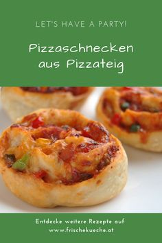 Pizza snails from pizza dough recipe - Essen - Simple recipe for homemade pizza snails made from pizza dough. A great party snack, because pizza s - Bread Maker Recipes, Pizza Recipes, Crockpot Recipes, Pizza Dough, Pizza Hut, Sauce Pizza, Paneer Dishes, Artisan Pizza, Snacks Für Party