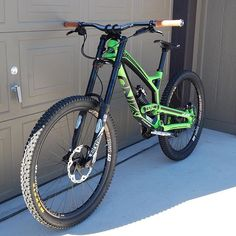 #Repost @mtb_culture ・・・ @schuyler395 bike (my bike)