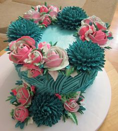 Such beautiful colors on this cake!