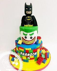 More Lego Batman! - Lego Batman - Ideas of Lego Batman - More Lego Batman! Lego Batman Cakes, Lego Batman Birthday, 5th Birthday Cake, Lego Cake, Birthday Ideas, Joker Cake, Cakes For Boys, Superhero Party, Sugar Art