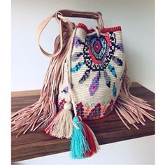 We are just obsessed with our Dream C Bag  it's just PERFECT! | www.chilabags.com #style #ootd #itbag #handmadeincolombia #fairtrade #newarrivals @bohochic #chilabags #love