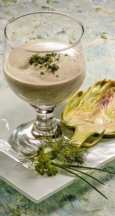 Zwischenmahlzeit - Kräuterjoghurt mit Artischocke
