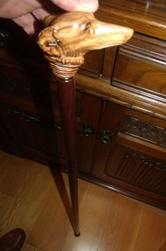 GREYHOUND DOG HEAD WALKING STICK OLIVE CARVING TOP WOOD HANDLE WHIPPET CANE