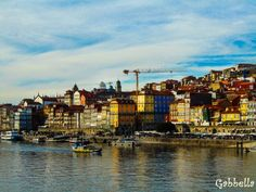 Nu, nu este in Italia ci in Portugalia. Pentru oferte Porto click aici: http://www.viotoptravel.ro/porto/transport/avion.html