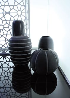 guaxs on pinterest vases vase and lush green. Black Bedroom Furniture Sets. Home Design Ideas
