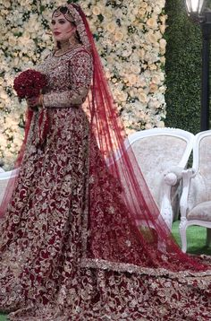The grand dewsbury Asian Bridal Dresses, Asian Wedding Dress, Indian Bridal Outfits, Pakistani Bridal Dresses, Pakistani Wedding Dresses, Wedding Dresses Photos, Bridal Lehenga, Pakistani Frocks, Wedding Outfits