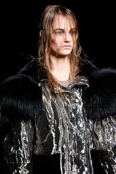 See the complete Alexander Wang Fall 2015 Ready-to-Wear collection.
