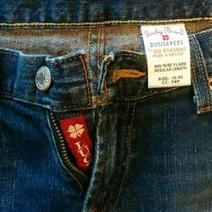 Lucky jeans, sz 10 Lucky jeans, mid-rise, very good shape, med/dark wash Lucky Brand Jeans Straight Leg