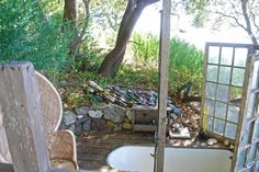 The Glass House: Big Sur Architect Mickey Muennig's Hideaway on the California Coast - Dagmara Mach | Health Travel & Lifestyle Blog