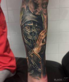 Healed tattoo by Timur Rumit @rumittattoo  BLACKOUT tattoo collective  @blackouttattoocollective  #blackouttattoocollective #rumit #dishonored Appointments and info via timur(at)blackout.tattoo