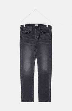 ED-85 from Edwin is the latest addition to the 5-pocket denim collection, a slim tapered fit with a low crotch for added comfort.