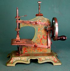 Rare Vintage German Muller Operating Toy Sewing Machine