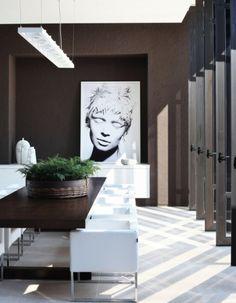 modernes Esszimmer Design-weiße Stühle