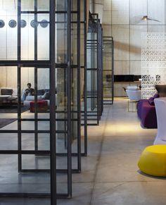 Galeria de A Casca e seu Conteúdo – Showroom Italia B&B / Pitsou Kedem Architects - 46