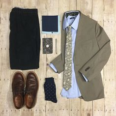 "Wearing the new @sprezzabox today along with my new @origstitch custom herringbone shirt   Don't forget to use the code ""THEAMATEURPROFESSIONAL"" for 10% off your first box   #sprezzabox #sprezzanyc #brooklynwolf #weekendcasual #wordnotebooks #originalstitch #katobrand #grantstone #bananarepublic"