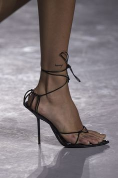 Saint Laurent at Paris Fashion Week Spring 2018 - Details Runway Photos Ankle Tattoo Designs, Tattoo Designs For Women, Piercings, Mini Tattoos, Small Tattoos, Stylo Shoes, Fresh Tattoo, Mode Shoes, Neue Tattoos