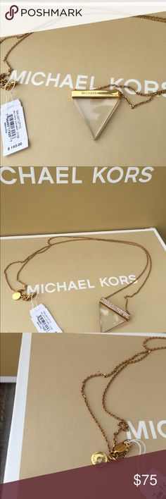 NWT MICHAEL KORS NECKLACE REVERSIBLE!! NWT MICHAEL KORS NECKLACE Michael Kors Jewelry Necklaces