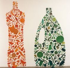 Tony Cragg, Orange and Green Bottle, 1982 Plastic Britian surprising scale (small objects forming larger shapes) Felix Gonzalez Torres, Art Vert, Elements And Principles, Plastic Art, Gcse Art, Recycled Art, Recycled Materials, Everyday Objects, Oeuvre D'art