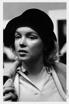 30 Photos of Marilyn Monroe Not Giving a Damn