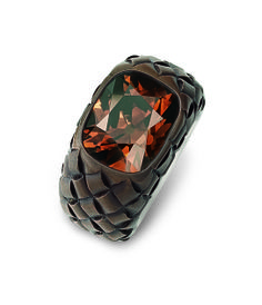 Hemmerle ring | fancy dark orange-brown diamond - brown patinated copper - white gold