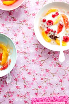 Orange fruit salad with yoghurt and spices