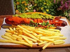 It's National Hot Dog Day. Look at the 18 most ridiculous and delicious hot dogs! Rancho Mirage, Dog Days, Spice Things Up, Hot Dogs, Vegetables, Restaurants, Food, Las Palmas, Essen