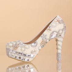 chaussures de mariée étincelante princesse à talon aiguille escarpins pas cher incrustées perles brillantes et strass