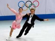 Americans Meryl Davis and Charlie White perform in the Figure Skating Team Ice Short Dance at the Iceberg Skating Palace during the Sochi Winter Olympics on February 8, 2014. PHOTO: AFP