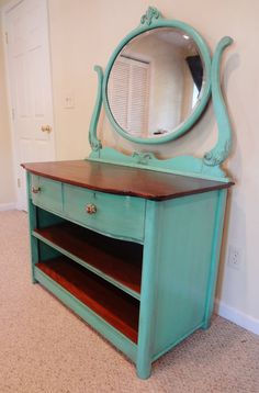 I have a dresser just like this! I want to paint it this color! Now only to convince David! ~Des