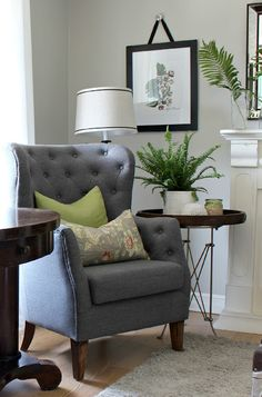 A Few Changes in My Summer Living Room - Hymns and Verses Living Room Chairs, Home Living Room, Living Room Decor, Living Spaces, Dining Room, Style At Home, Ikea Ektorp Sofa, Interior Rugs, Interior Design