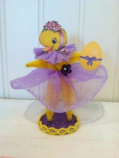 Vintage Style Bump Chenille Easter Chick Figure
