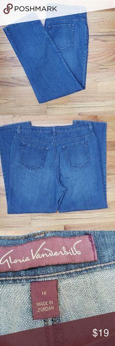 "Gloria Vanderbilt Jeans Gloria Vanderbilt Jeans. Size 16P, inseam 27 1/4"", women's Amanda, classic tapered jeans, 1% spandex, five pocket jean. Gloria Vanderbilt Jeans"