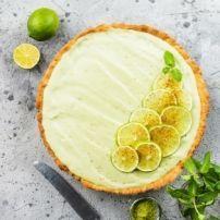 Zoetzure Sperziebonen Met Ui recept | Smulweb.nl Camembert Cheese, Dairy, Stamp, Food, Meal, Stamps, Eten, Meals
