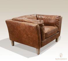 """Tøff, klassisk og behagelig Old Amsterdam lenestol i """"top grain vintage leather"""". Dette er en skinnstol av høy kvalitet med god holdbarhet.Mål:Bredde 97 cmDybde 89 cmH&oslash"""
