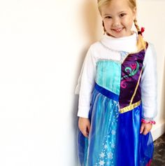 Alexandra Hedin | It's Anna & Elsa in one costume {and I'm unbelievably proud of her creativity!|