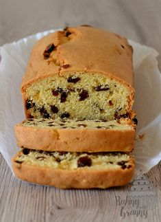 Our true speciality, with lots of classic family recipes - some dating back years! You cannot beat a good old fashioned Scottish bake. Loaf Recipes, Easy Cake Recipes, Sweet Recipes, Baking Recipes, Cookie Recipes, Easy Fruit Cake Recipe, Tea Cakes, Food Cakes, Fruit Cakes