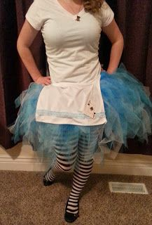 DIY Fairytale Halloween Costumes Alice in Wonderland. Simple and inexpensive-check out blog & 736 best Halloween: Happily Never After images on Pinterest ...