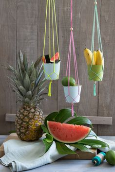 DIY mini macrame fruit bowls for an exotic styled sweet table | GARN & MEHR